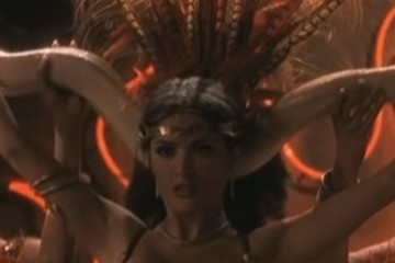 salma-hayek-satanico-from-dusk-till-dawn-screencaps-374772 (2)