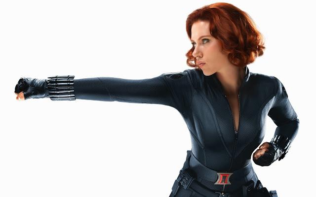 scarlett_johansson_as_black_widow_in_avengers-wide