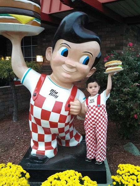big_boy_from_big_boy_restaurants (1)sm