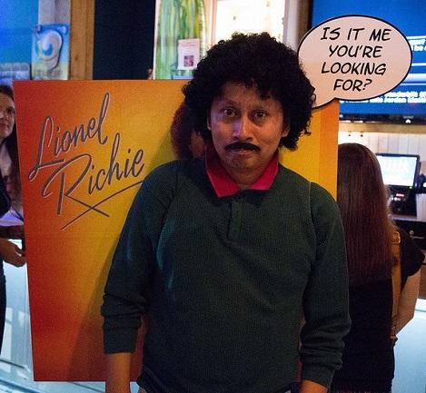 lionel-richie-album-cover-costumesm