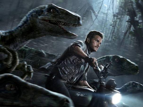 Jurassic-World-Chris-Pratt-and-Raptors-Crop