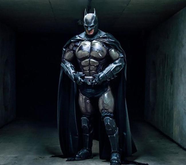 Batman Julian Checkley photo Kamil Krawczak kotaku