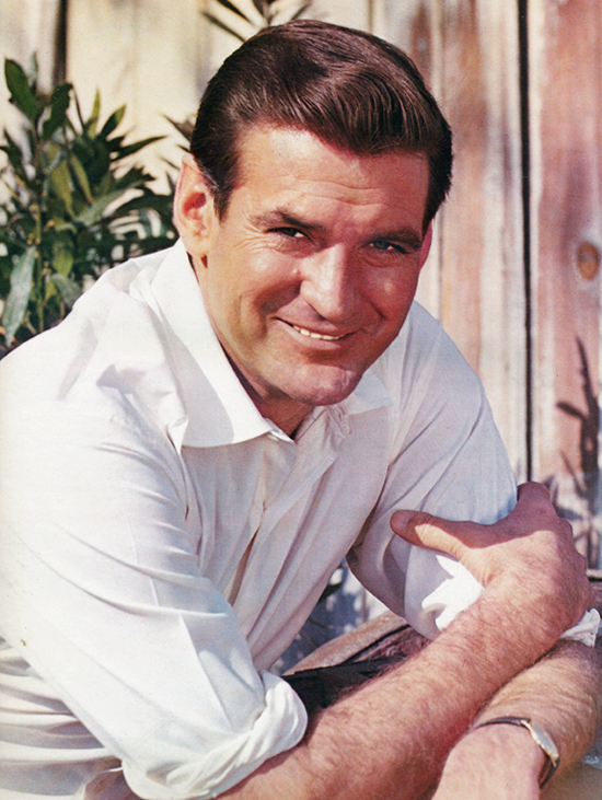 Rod Taylor as Travis McGee