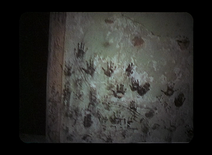 The-Blair-Witch-Project-handprints