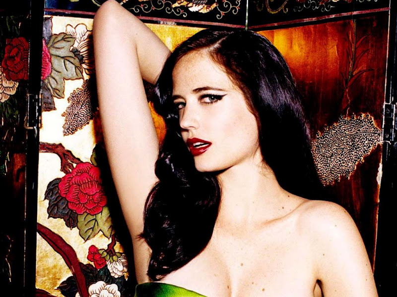 Eva-Green- hot 17
