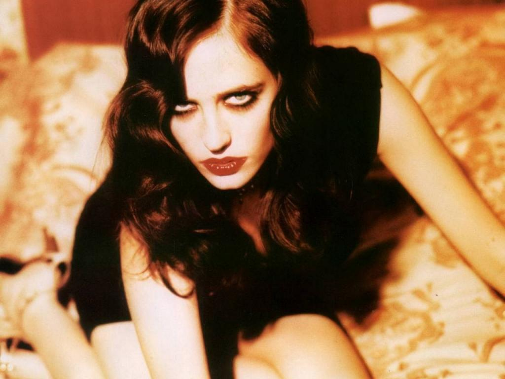 Eva Green hot 6