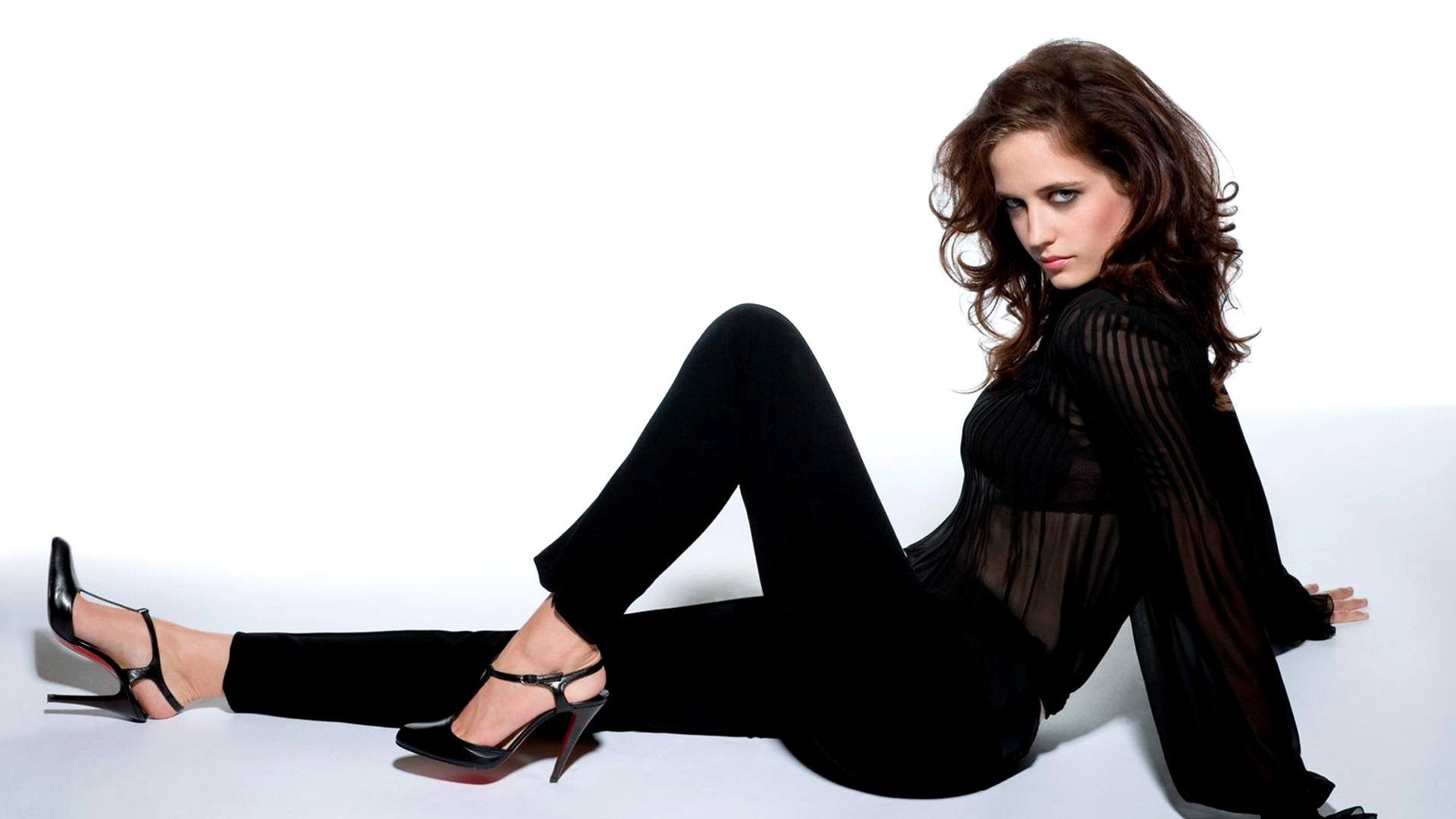 Eva Green hot 9