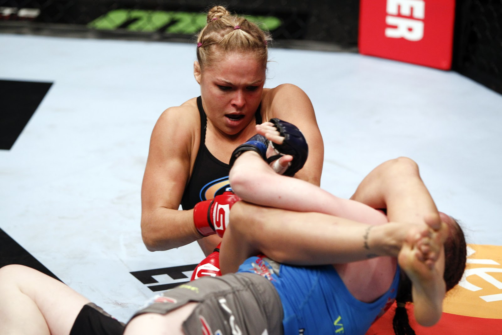 Ronda Rousey Hot 10