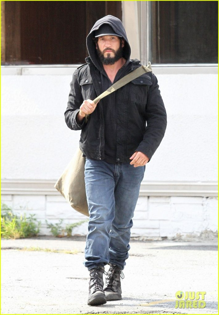 jon-bernthal-starts-filming-the-punisher-first-set-photos-05