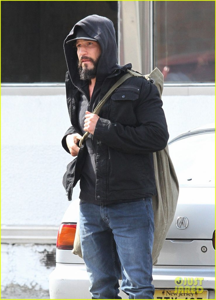 jon-bernthal-starts-filming-the-punisher-first-set-photos-07