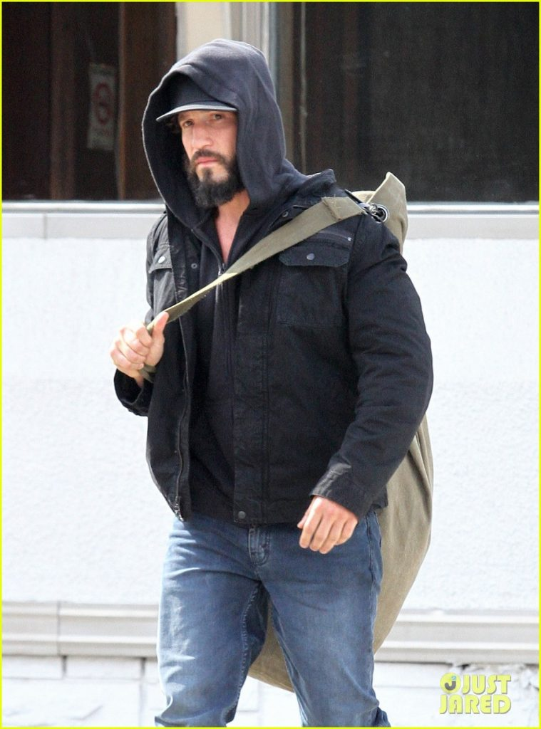 jon-bernthal-starts-filming-the-punisher-first-set-photos-11