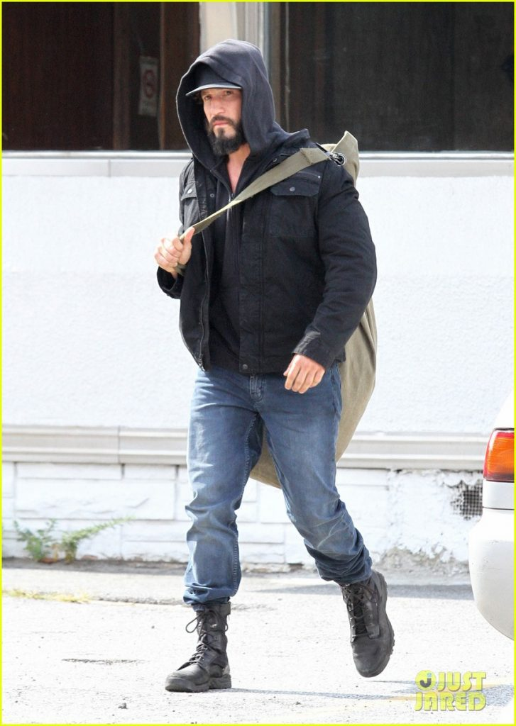 jon-bernthal-starts-filming-the-punisher-first-set-photos-12