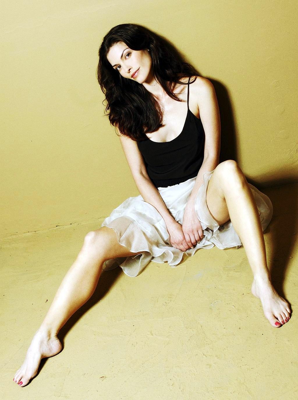 Alana de la garza nude are you here 2013 - 1 7