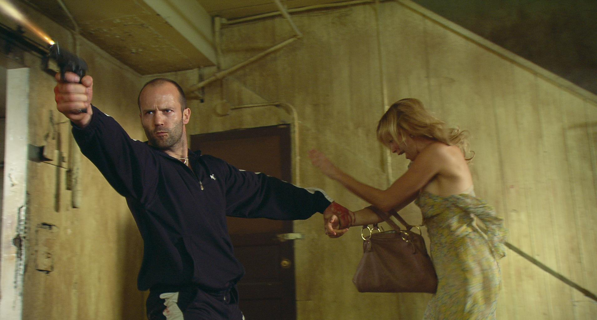 still-of-amy-smart-and-jason-statham-in-crank-(2006)-large-picture